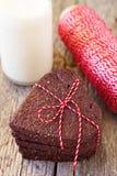 Biscoitos coração-dados forma chocolate Fotografia de Stock Royalty Free
