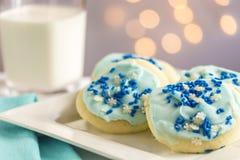 Biscoitos de açúcar azuis do floco de neve Imagens de Stock