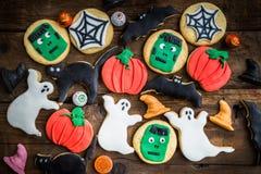 Biscoitos deliciosos caseiros do pão-de-espécie para Dia das Bruxas Imagem de Stock Royalty Free