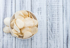 Biscoitos do camarão (Krupuk) Fotos de Stock
