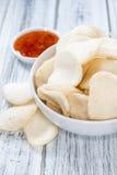 Biscoitos do camarão (Krupuk) Imagem de Stock Royalty Free