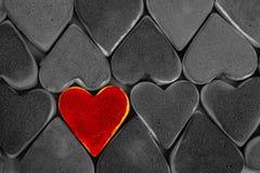 Biscoitos do dia do ` s do Valentim O coração deu forma a cookies para o dia do ` s do Valentim Coração vermelho e cor-de-rosa co Imagem de Stock