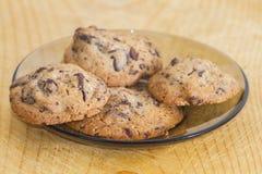 Biscoitos dos peda?os de chocolate imagens de stock