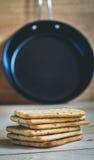 Biscoitos e bandeja Foto de Stock
