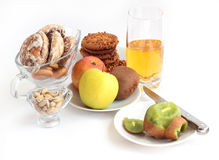 Biscoitos e fruto Imagem de Stock Royalty Free