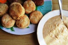 Biscoitos e molho Foto de Stock Royalty Free