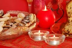 Biscoitos e velas Foto de Stock Royalty Free