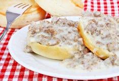 Biscoitos, salsicha e molho Foto de Stock