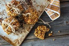 Biscotti casalinghi del cereale Fotografia Stock Libera da Diritti