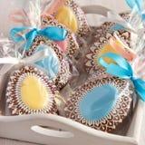 Biscotti casalinghi del pan di zenzero di Pasqua immagini stock