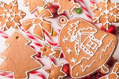 Biscotti casalinghi del pan di zenzero di natale tradizionale Fotografia Stock Libera da Diritti