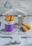 Biscotti casalinghi italiani di biscotti Immagini Stock