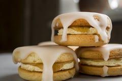 Biscotti con glassare casalingo Fotografia Stock Libera da Diritti