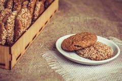 Biscotti con i semi di sesamo Immagine Stock