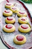 Biscotti con inceppamento per il Natale fotografie stock