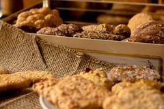 Biscotti croccanti dolci di gusto differente fotografia stock