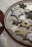 Biscotti decorati di natale Fotografie Stock