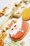 Biscotti decorativi di natale Immagine Stock Libera da Diritti