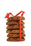 Biscotti del cioccolato su una priorità bassa bianca isolata Fotografia Stock