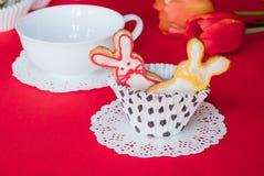 Biscotti del coniglietto di pasqua. Fotografie Stock