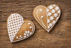 Biscotti del cuore del pan di zenzero Immagine Stock Libera da Diritti