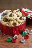 Biscotti del fiore del burro di arachidi Fotografia Stock
