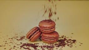 Biscotti del maccherone del cioccolato video d archivio