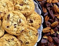 Biscotti del pecan di pepita di cioccolato Fotografia Stock Libera da Diritti