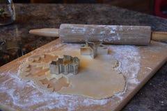 Biscotti del ritaglio di cottura Fotografia Stock Libera da Diritti