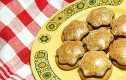 Biscotti della noce dello zenzero e del pan di zenzero Immagine Stock Libera da Diritti
