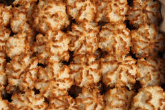 Biscotti della noce di cocco di Rocher Fotografia Stock