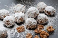 Biscotti della palla di neve della noce Fotografia Stock Libera da Diritti