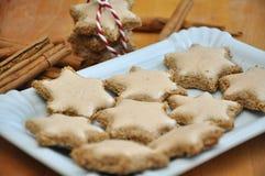 Biscotti della stella della cannella Fotografie Stock