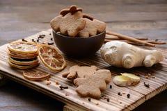 Biscotti dello zenzero e limone secco fotografia stock