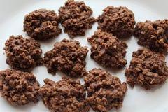 Biscotti di farina d'avena non cotti fotografie stock libere da diritti