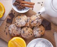 Biscotti di farina integrale con cioccolato Fotografia Stock