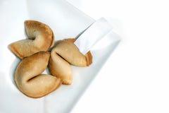 Biscotti di fortuna su bianco Immagini Stock Libere da Diritti