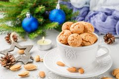 Biscotti di mandorla italiani tradizionali - amaretti Fotografie Stock