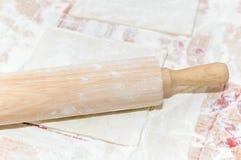 Biscotti di Natale di cottura, Fotografia Stock Libera da Diritti