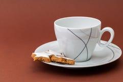 Biscotti di natale e una tazza di caffè Immagini Stock Libere da Diritti