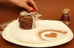 Biscotti di pepita di cioccolato casalinghi Fotografia Stock Libera da Diritti