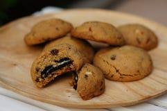 Biscotti di sovraccarico del cioccolato immagine stock libera da diritti
