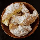 Biscotti dolci con inceppamento Fotografia Stock Libera da Diritti