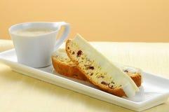 Biscotti e café Imagem de Stock Royalty Free