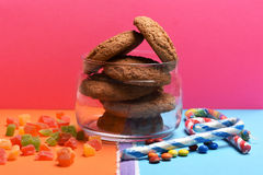 Biscotti e caramelle di farina d'avena Fotografia Stock Libera da Diritti