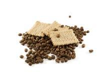 Biscotti e chicchi di caffè Fotografia Stock