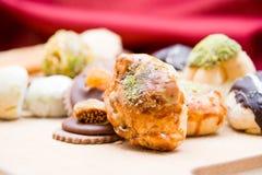 Biscotti e pasticceria su legno Fotografia Stock