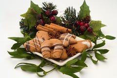 Biscotti e spezia di Natale Fotografie Stock