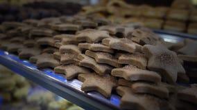 Biscotti ed alimento stock footage