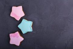 Biscotti a forma di stella Immagini Stock Libere da Diritti
